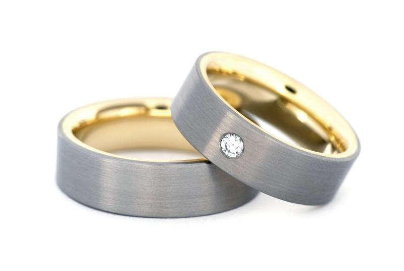 Titanove Snubni Prsteny Se Zlatem Invencie